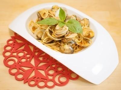 蕃茄蛤蜊麵