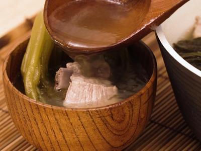 酸菜排骨湯