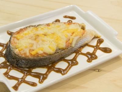 起司味噌香煎鮭魚