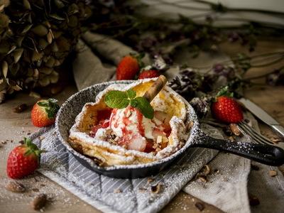 草莓荷蘭鬆餅