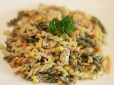 奶油玉米鮪魚麵